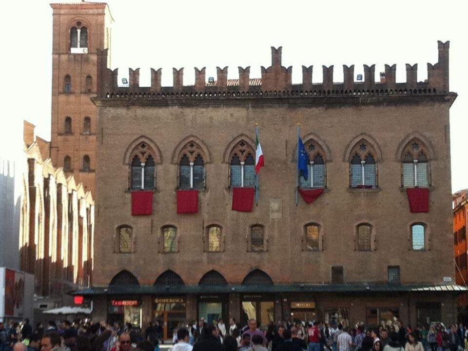 Bologna, Emilia-Romagna13-italytravelaccomodations.com
