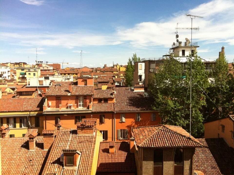 Bologna, Emilia-Romagna2-italytravelaccomodations.com