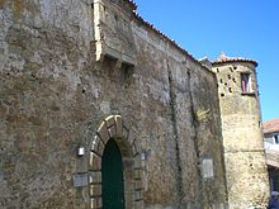 Castello Vargas-Machucha