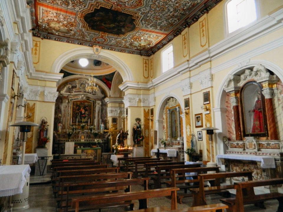 Interno della Chiesa del Rosario