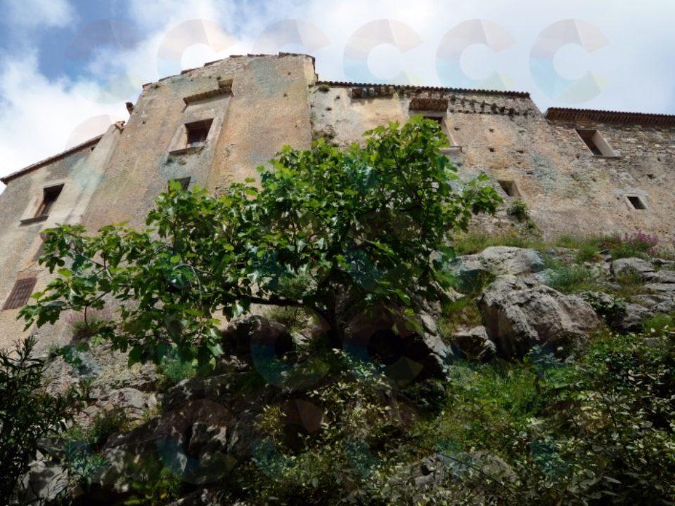 Tracce Templari nel Castello di Torraca