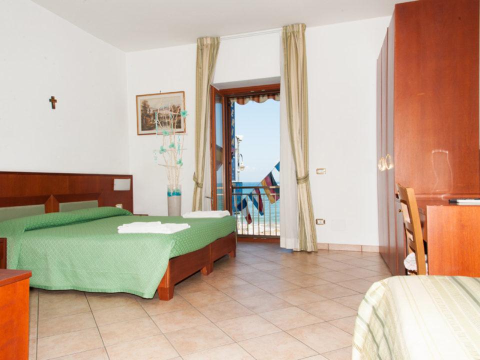 camera-letto-verde