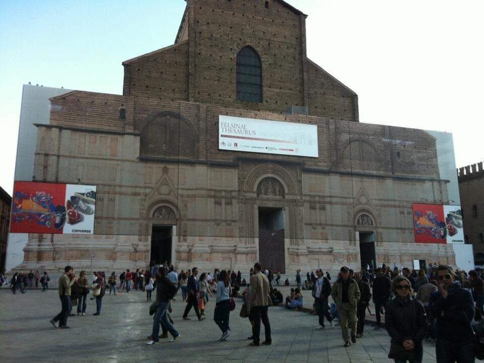 Bologna, Emilia-Romagna14-italytravelaccomodations.com