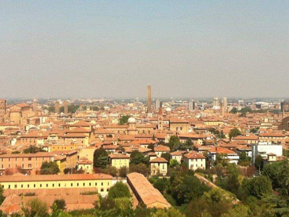 Bologna, Emilia-Romagna23-italytravelaccomodations.com